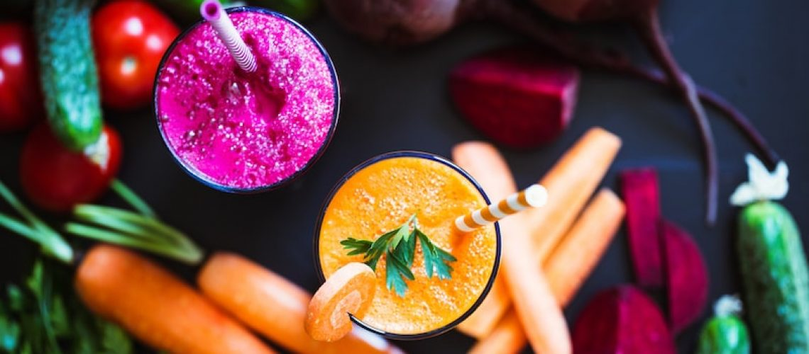 freshly-made-vegetable-juices-carrot-beet-PNNPJA5_50e3075d4df5bbf2b8c6052abc227dbf-min